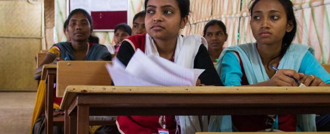 fattigdom lims india skole pult utdanning